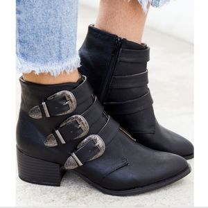 Qupid Ankle Boot